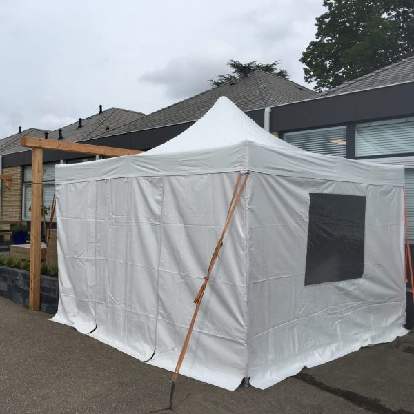 Easy up partytent 4x4